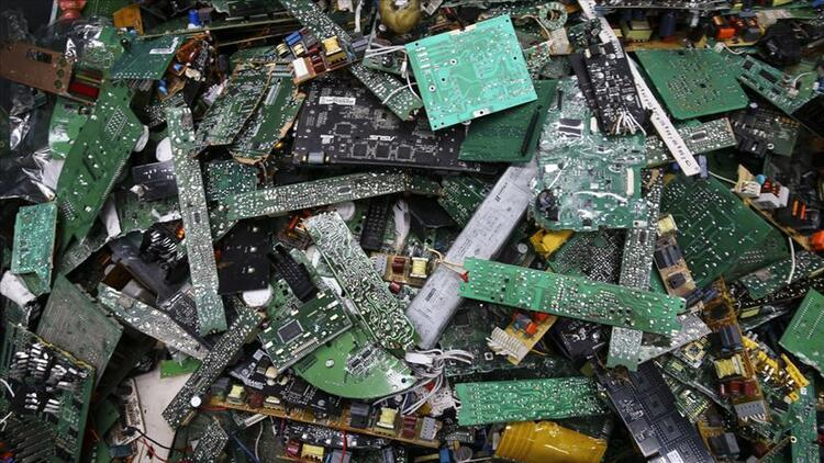 E-waste: Problem to consider with rich materials