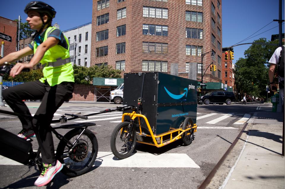Amazon UPS DHL cargo bike delivery